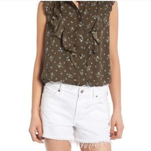 NWT! Nordstrom TREASURE & BOND Olive Floral Blouse